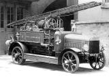 Leamington Spa.  Fire engine